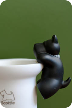 Scottie Pen holder